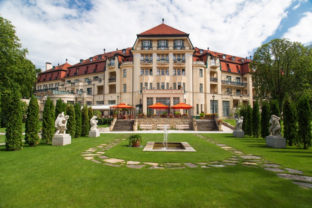 Thermia palace hotel piestany piestany spa and wellness for Wellness hotel